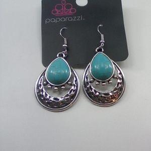 I am selling earrings